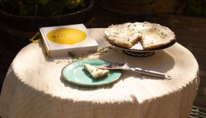 עוגת דבש, יוגורט ותימין