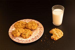 עוגיות שיבולת שועל וצימוקים