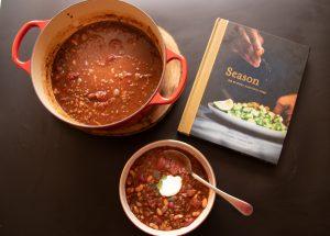 עטיפת ספר הבישול Season